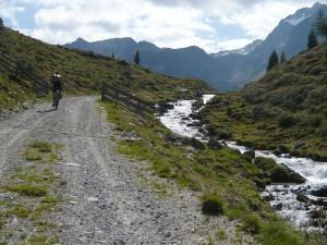 Natürlich kann man in Ischgl auch selber bergauf fahren! Aber man muss nicht.